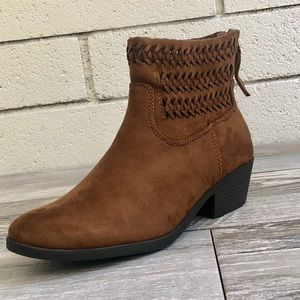 Chestnut braided high top low heel ankle boot